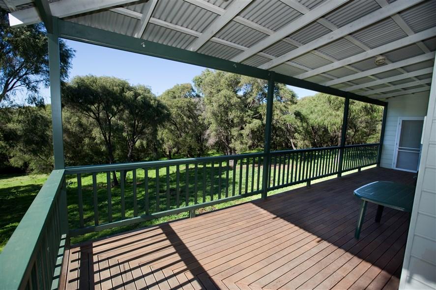 SeaBreezeChalets East verandah